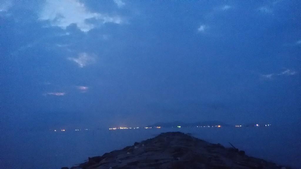 Sáng sớm 5h tính ngắm mọc trời mọc mà chỉ thấy thế này phải tầm 6h mặt trời mới ló nhé