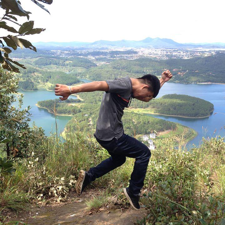 Đây là khung cảnh trên đỉnh Pinhatt, lấy làm động lực để chinh phục tới đỉnh nhé