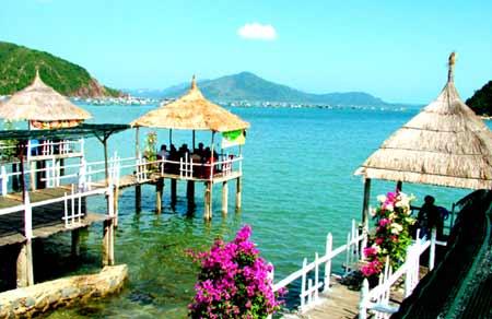 Photo of Review chuyến phượt đảo Nhất Tự Sơn, Phú Yên